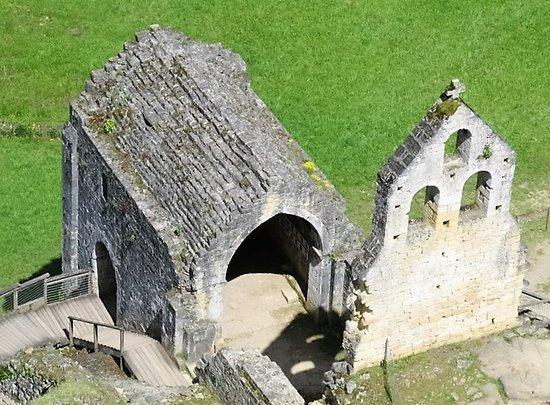 Cathedrale Saint-Sacerdosb