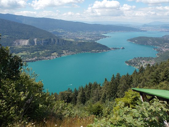 lac d 39 annecy vue de haut picture of lac d 39 annecy annecy tripadvisor. Black Bedroom Furniture Sets. Home Design Ideas