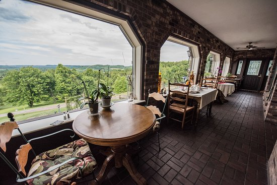 Dresden, OH: Dining Area withView
