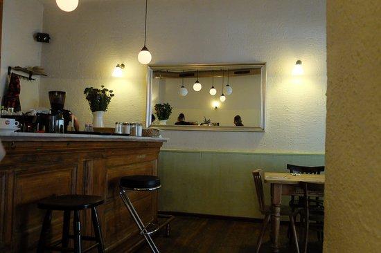herr rossi berlin prenzlauer berg restaurant reviews phone number photos tripadvisor. Black Bedroom Furniture Sets. Home Design Ideas