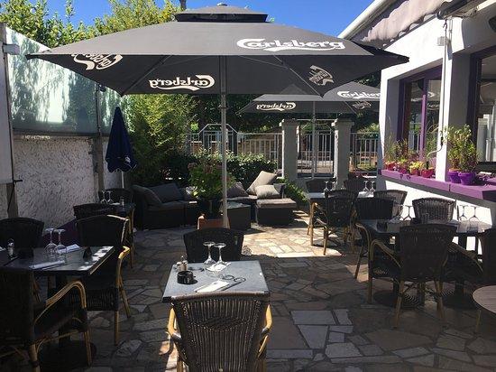 Restaurant Chateau Chanorier Croissy Sur Seine