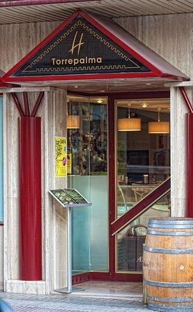 Hotel Torrepalma: Entrada Cafetería-Restaurante
