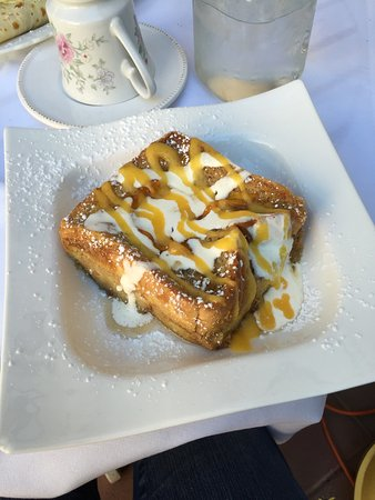 Santa Clara, UT: We got the Pain Perdu and the Sweet Crepe. The crepe was delicious, and the Pain Perdu was AMAZI