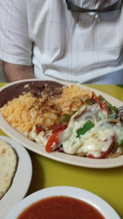 El Carbonero: This is the place to get authentic Salvadoran papusas and other specities! Fantastic food for ve