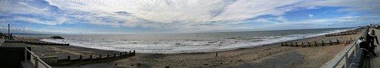 Tywyn, UK: PANO_20160813_152222_large.jpg