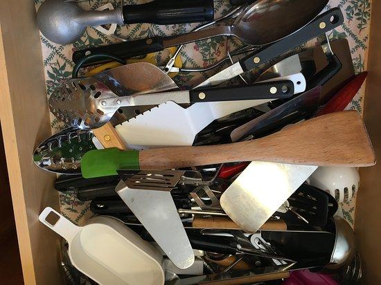 Tahoma, CA: utensil drawer