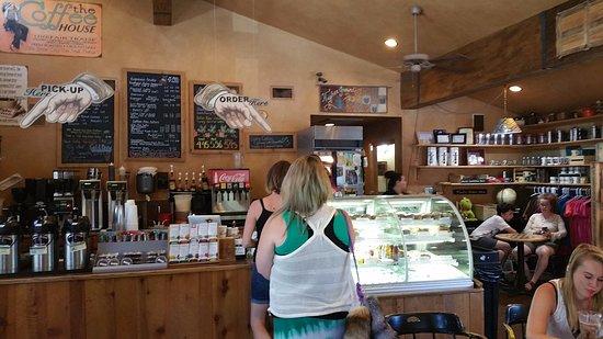 Idyllwild, CA: Inside