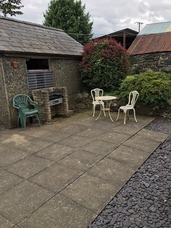 Llanuwchllyn, UK: Bbq area