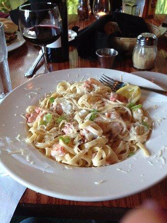 Union, WA: seafood fettucini at Robin Hood Resort restaurant