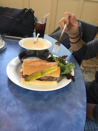 Blue Poppy Restaurant : photo0.jpg