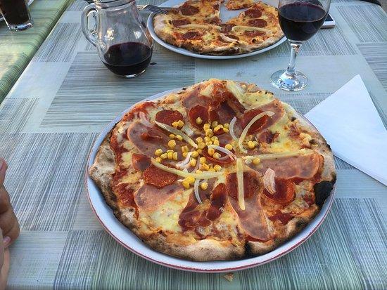 Svetvincenat, Kroatië: Weltklasse Pizza!