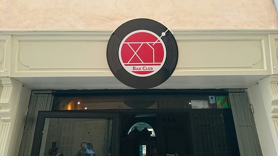 ‪XI Bar Club‬