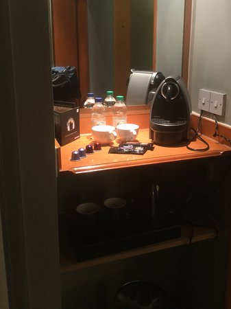 Blackrod, UK: Coffee station in the room