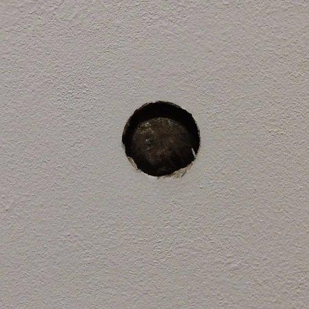 Ridgefield, CT: Cannonball in wall