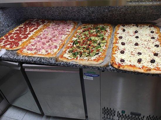 nuovo economico accaparramento come merce rara codici promozionali Pizza al metro fatta con farina tipo