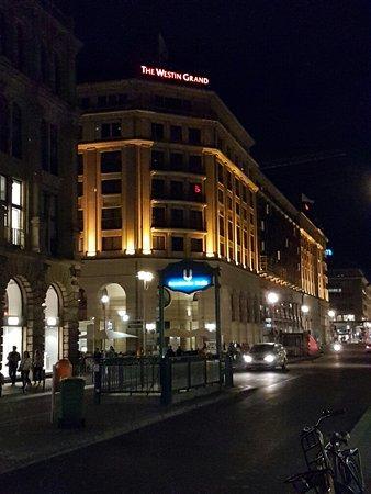 The Westin Grand Berlin: 20160808_221005_large.jpg
