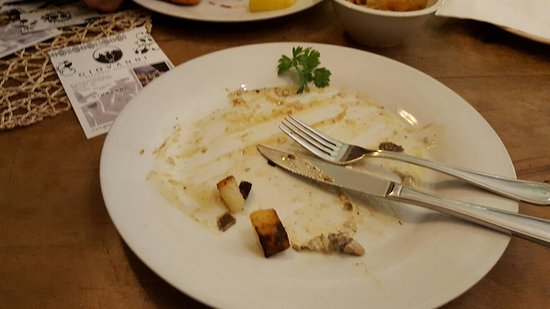Papa Giovanni: Great Chicken meal...ohh its all gone!!