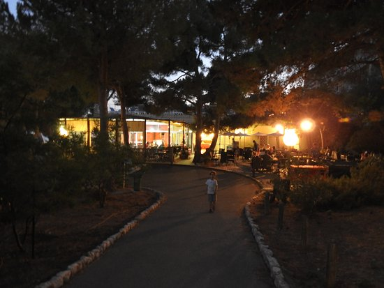 Le restaurant picture of club vacanciel de carry le for Resto carry le rouet