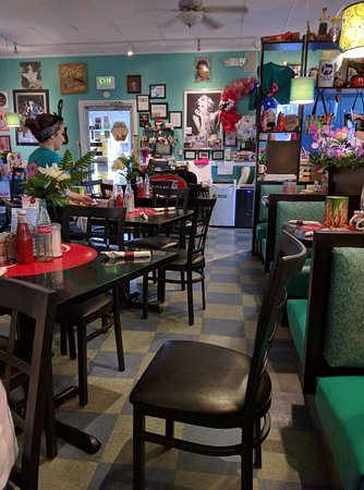 Hebron, IN: Inside Suzy's Diner