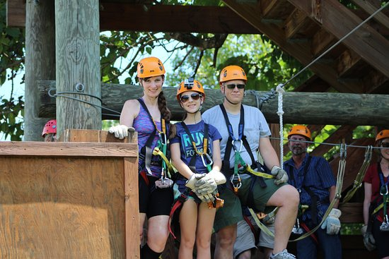 Pigeon River Canopy Tours : We've made our practice runs and are ready to fly!