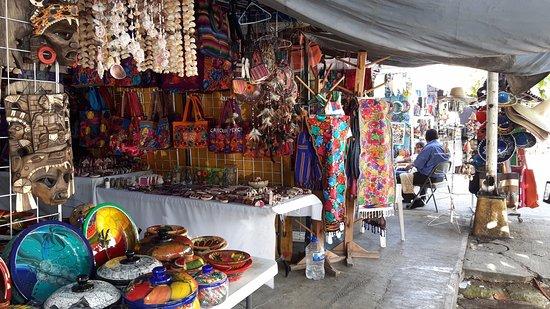 Mercado 23: vista das lojas