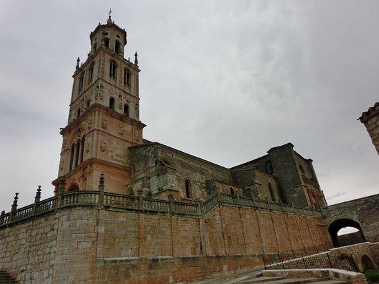 Santa Maria del Campo, Espagne : Vista general de la Iglesia