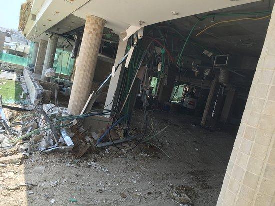 Hod Hamidbar Resort and Spa Hotel: demoliciones y peligros a la vista de todos