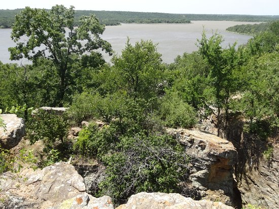 view of Lake Mineral Wells from the cliffs
