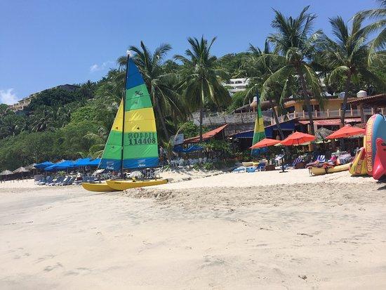 Playa la Ropa: photo1.jpg