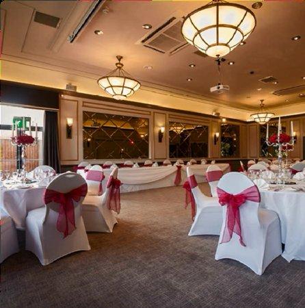 The Hog's Back Hotel & Spa Farnham: Ball Room