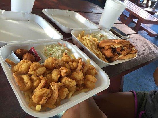 Bunnell, ฟลอริด้า: 15 pc. shrimp dinner and fish dinner