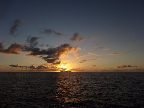 Sonaisali Island, فيجي: Fantastic sunsets