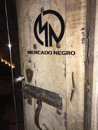Bar Mercado Negro