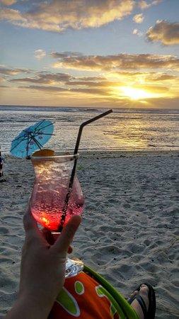 Arorangi, หมู่เกาะคุก: At sunset