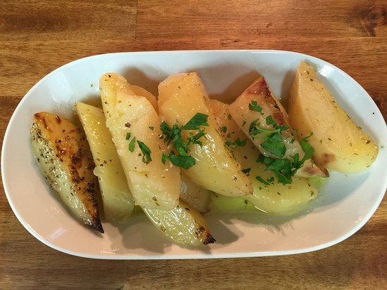 Ivanhoe, Australia: Lemon potatoes