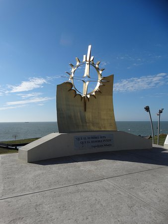 Monumento Expedicion Atlantis