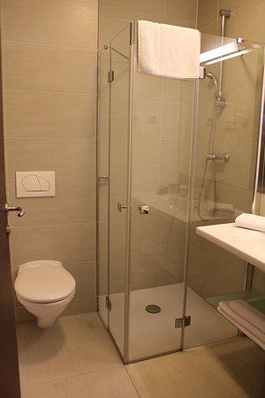 Hotel Meksiko: バスルーム