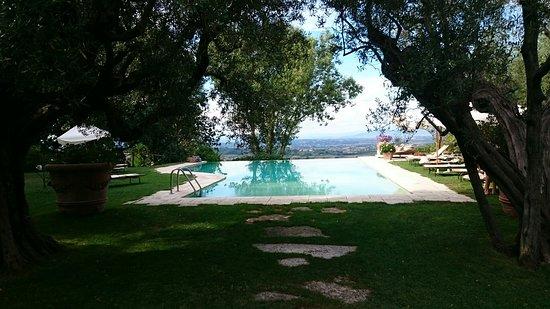 Villa Cicolina: ヴィラ チコリーナ ホテル