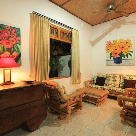 Villa taman ganesha bewertungen fotos lovina beach for Living room 94