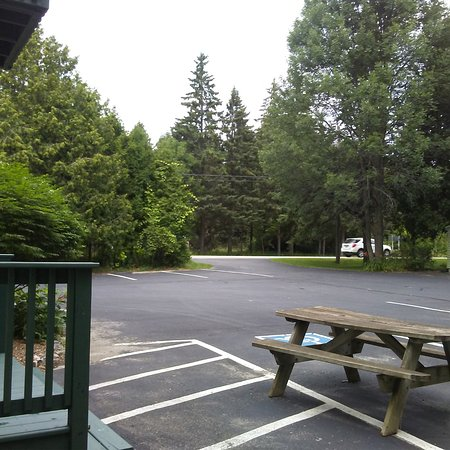 Baileys Harbor, WI: Wintergreen patio