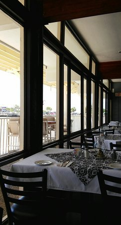 The Island Room Restaurant at Cedar Cove: 0724161307_Pano_large.jpg