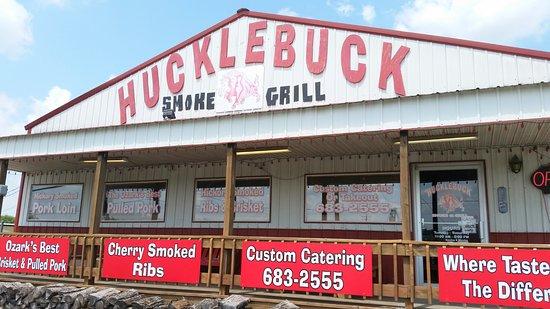 Ava, MO: Hucklebuck Smoke Grill