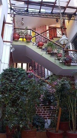 Hotel Casablanca Cusco: ZONA DE ACCESO A LAS HABITACIONES