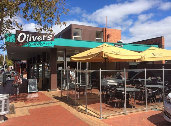 Perth (Tasmania), Australien: Outside on a beautiful day @ OLIVERS BAKERY  & CAFE