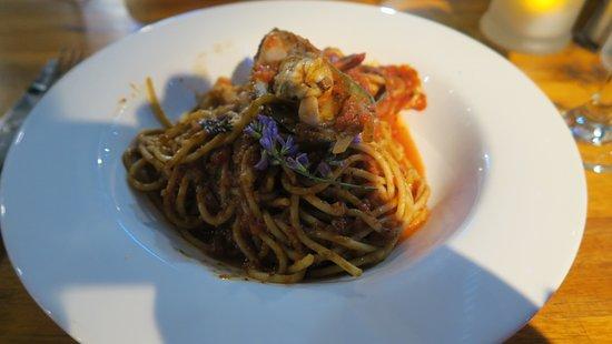 Central Lounge Bar & Dining: Spaghetti Marinara