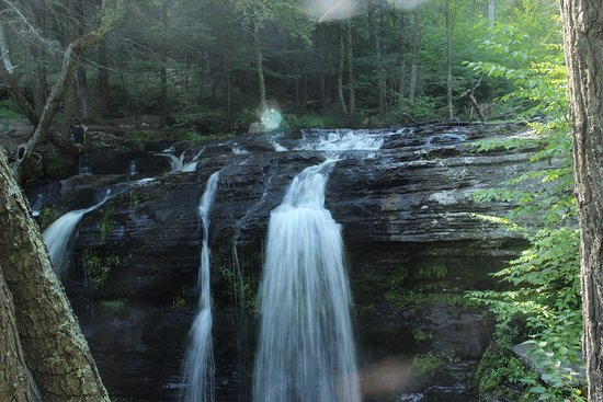 Dingmans Ferry, Pensilvania: one of my favorite parks. it has so many stunning water falls! it is almost impossible to not fa