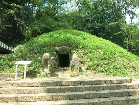 Yamanoue Monument