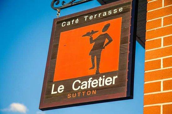 Sutton, Canadá: Le Cafetier