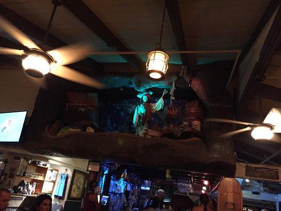 Captain Jack's Island Grill: photo0.jpg