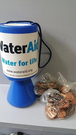 Strathaven, UK: Water Aid supporters